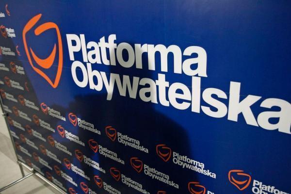 Atak na warszawskie biuro Platformy Obywatelskiej