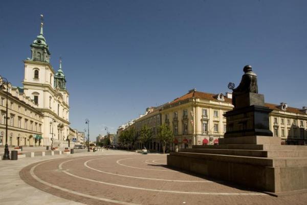 5. Krakowskiemu Przedmieściu - żeby życiem tętniło i nam się ładnie rozwijało (mimo że to tylko przedmieście, i to krakowskie)