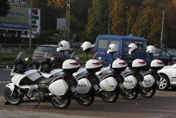 34. Stołecznej policji - mniej wakatów, lepszej znajomości języków, remontów komisariatów