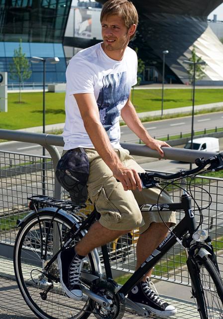 W stroju rowerzysty, choć estetyka jest istotna,  najważniejsza jest jednak wygoda