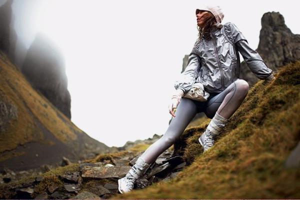 Najnowsza kolekcja Stelli McCartney  dla Adidasa, wzorowana jest na epoce wiktoriańskiej