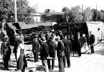 *To skutek biegania dziecka po torach. 10 lipca 1933 r. dziesięciolatek uciekł, a na zahamowaną lokomotywę wpadły wagony bez hamulców