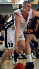 Michał Hlebowicki jest wychowankiem Polonii, ale grał też m.in.  w Hoopie Pruszków, Barons Ryga oraz AEL Limassol. Jego żona Ilse Ose-Hlebowicka też jest koszykarką, przez wiele lat grała  w reprezentacji Łotwy oraz kilku polskich  klubach