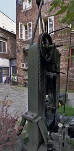*Resztki prasy z przedwojennego Norblina. Uratowane spod gruzów po prowizorycznym remoncie służyły rzemieślnikom przy ulicy Łuckiej