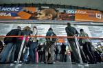 Na Dworcu Centralnym pasażerowie mieli wczoraj ogromne kłopoty  z uzyskaniem informacji  na temat kursowania pociągów