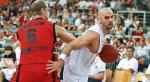 *Marcin Gortat mija Christophe'a Beghina. 29 punktów to rekord kariery polskiego środkowego, który na półmetku eliminacji jest liderem klasyfikacji najskuteczniejszych w rzutach za dwa punkty – 68,4 proc.