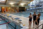 Na inaugurację ośrodka odbyły się pływackie zawody dzieci.