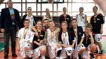*Dziewczęta  z Gimnazjum  nr 35  w Warszawie  w koszykówce nie mają sobie równych. Zespół w finale poprowadził Maciej Gordon, ale sukces to także zasługa nieobecnego na finałach Michała Gulana