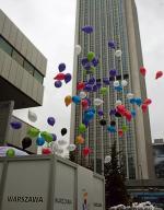 ...a wczesnym popołudniem z okolic hotelu Marriott, gdzie odbyła się konferencja poświęcona przygotowaniom, do nieba pofrunęło 500 balonów