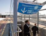 Z peronów stacji PKP Warszawa Gdańska schodzimy do nowego tunelu. Dojdziemy nim do ul. gen. Zajączka na Żoliborzu albo na stacje metra i kolei