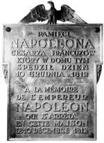Tablica na Hotelu Angielskim (przy ul. Wierzbowej), w którym cesarz Napoleon przebywał przez kilka godzin.