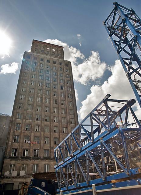 Hotel Warszawa ma być gotowy na Euro 2012