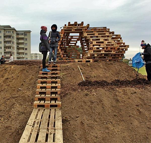 Dzieciom nietypowa konstrukcja bardzo się podobała