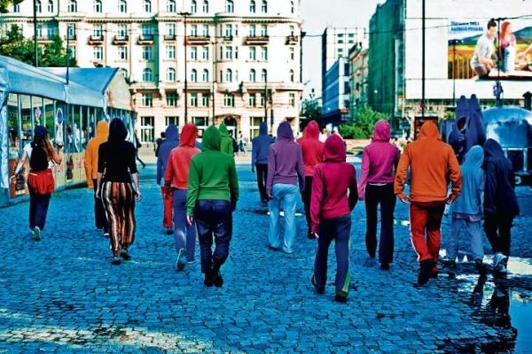 """Re:wizje to m.in. projekt """"Oblepmy Warszawę"""" ..."""
