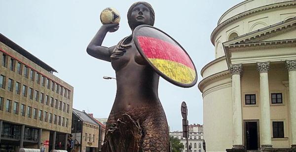 Mapki miały oprowadzać  po miejscach, w których stanęły syrenki  z flagami uczestników Euro