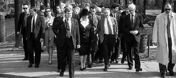 Margaret Thatcher była w Polsce m.in. w 1993 r. Na zdjęciu z Markiem Edelmanem w Warszawie