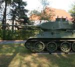 Czołg T-34 w parku militarnym w Rembertowie