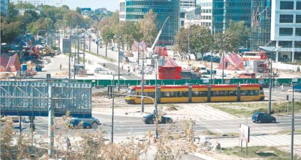 Zbliża się moment, w którym ulice nad budową metra, w tym rondo Daszyńskiego, będą znów przejezdne. Wtedy też miasto zacznie wprowadzać zmiany w komunikacji