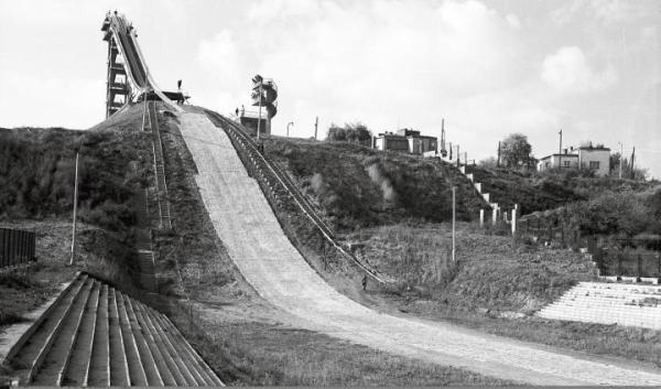 Skocznię narciarską przy ulicy Czerniakowskiej oddano do użytku we wrześniu 1959 r.