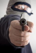 Zdaniem prof. Brunona Hołysta spadek przestępstw z bronią wiąże się ze zmianą modelu przestępczości
