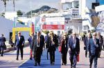 """Polskie stoiska w Cannes co roku odwiedza wielu zagranicznych inwestorów. """"Rz"""" będzie miała tam studio TV."""