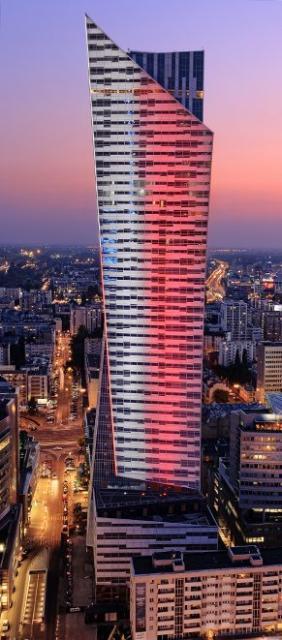 Złota 44 jest jednym z najwyższych w UE budynków mieszkalnych.
