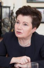 Warszawa umarza długi, resort je opodatkowuje. Na zdjęciu: prezydent Hanna Gronkiewicz-Waltz (PO).