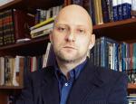 Prof. Dariusz Markowski kieruje Zakładem Konserwacji i Restauracji Sztuki Nowoczesnej Wydziału Sztuk Pięknych na Uniwersytecie Mikołaja Kopernika w Toruniu.