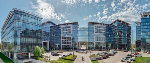 Kompleks Marynarska Business Park, należący do funduszu Heitman, składa się z czterech nowoczesnych budynków o łącznej powierzchni biurowej 43 tys. mkw.