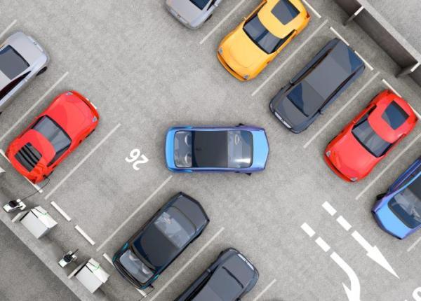 W fazie testowej z Systemu Informacji Parkingowej w stolicy skorzystało 1000 osób