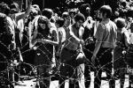 Falę kontestacji, która przetoczyła się przez świat pod koniec lat 60., zapoczątkowały studenckie protesty w Berkeley