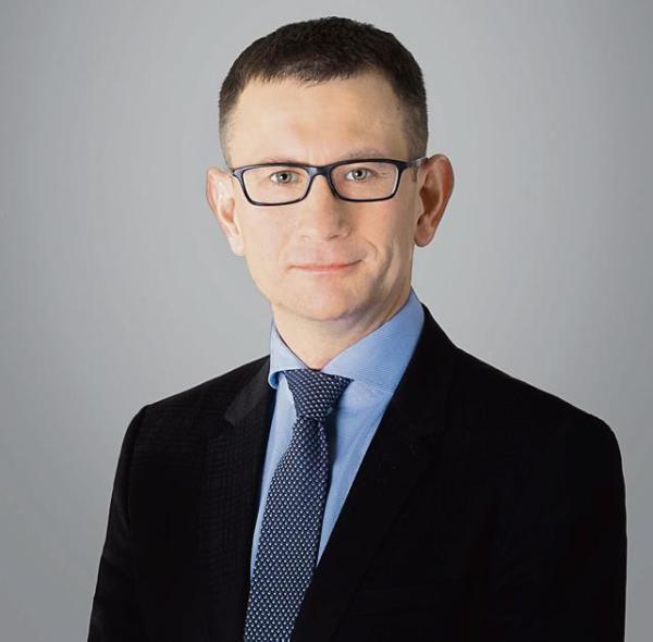 Bartosz Clemenz, kieruje zespołem nieruchomości w kancelarii Hogan Lovells.