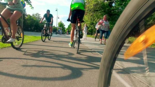 Inwestycje w ścieżki rowerowe planuje coraz więcej miast