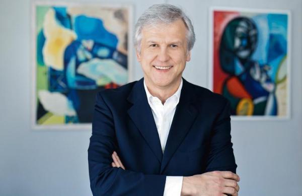 Sławek Górecki, właściciel Piękna Gallery – Galeria Sztuki i Dom Aukcyjny.
