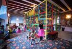 Nawet historyczne mury hotelu Zamek Gniew muszą pomieścić salę zabaw dla dzieci.
