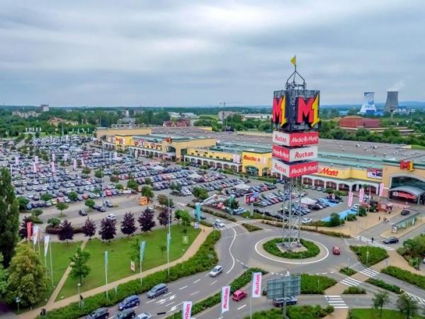 Centra M1 wchodzą w skład portfela kupionego za 1 mld euro przez Chariot Top Group