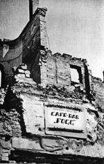 Po powrocie do Warszawy słynny śpiewak otworzył przy Marszałkowskiej 119 Cafe Fogg. Kawiarnia działała  przez rok. Kilka lat później w tym miejscu  stanął Pałac Kultury i Nauki