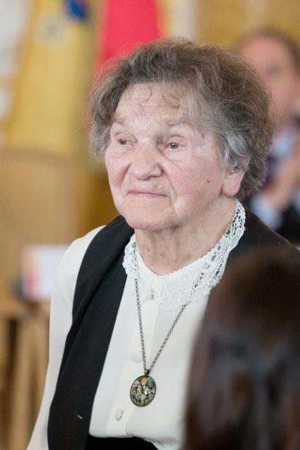 Wanda Traczyk- -Stawska, psycholog, działaczka podziemia niepodległościowego w czasie II wojny światowej, żołnierz Armii Krajowej, uczestniczka Powstania Warszawskiego, przewodnicząca Społecznego Komitetu ds. Cmentarza Powstańców Warszawy.