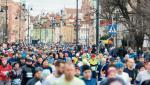 W maratonach biegną coraz większe tłumy nie tylko w Warszawie.