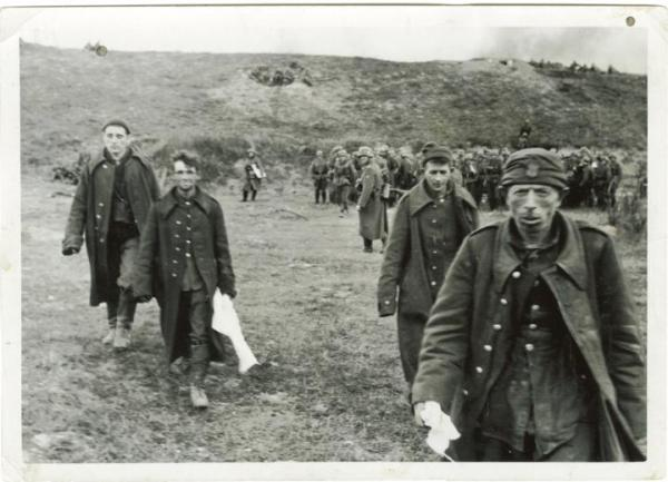 Polscy żołnierze wzięci do niemieckiej niewoli podczas kampanii wrześniowej