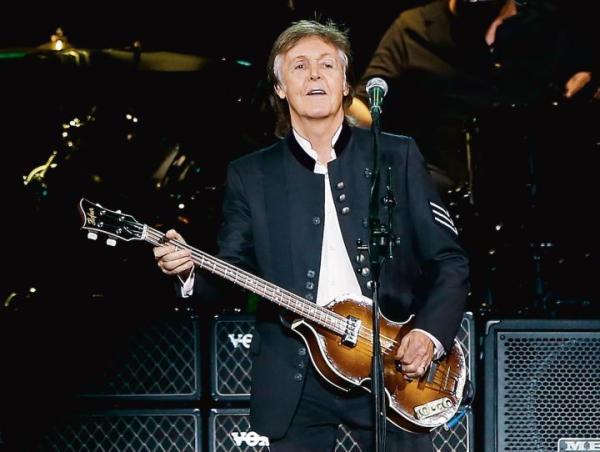 """≥Paul McCartney koncertował w 2013 roku w Warszawie podczas trasy """"Out There"""""""
