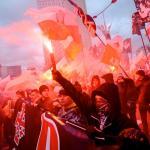 <Marsze niepodległościowe i ich kontrmanifestacje  w stolicy w poprzednich latach często kończyły się zadymami