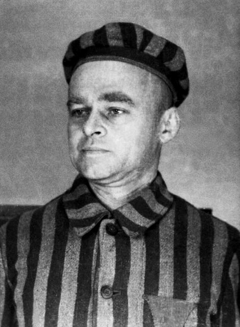 ≥Witold Pilecki dobrowolnie znalazł się w Auschwitz, gdzie był jednym z głównych organizatorów konspiracji east news