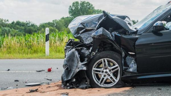Przyczyną wzrostu liczby wypadków była nadmierna prędkość. Liczba wypadków z udziałem pieszych się bowiem nie zmieniła.