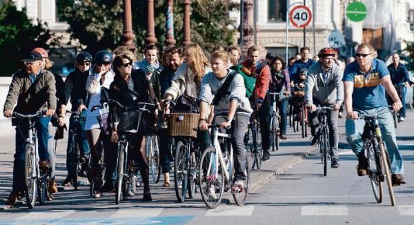 Kopenhaga powszechnie uznawana jest na świecie za miasto najbardziej przyjazne rowerzystom